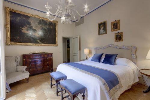 Florence Palazzo Larderel Master Bedroom