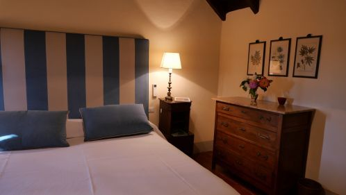 Villa le Barone Apartment San Leolino A bed room